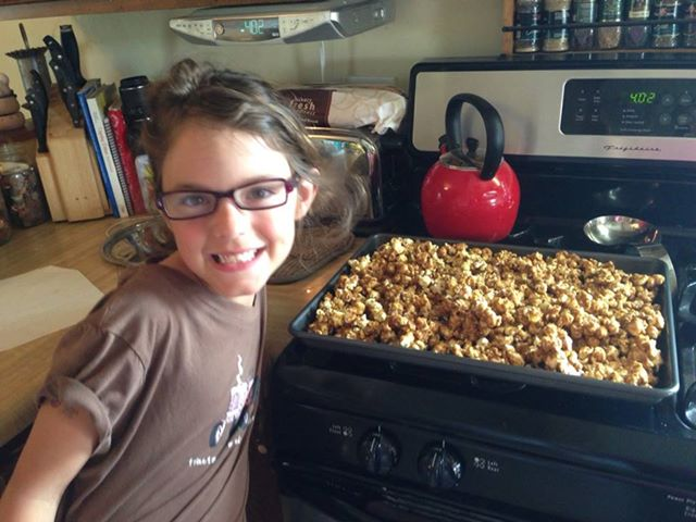 "Photo: The mini 4H caramel corn has been declared ""Best caramel corn ever"" by the 4H baker. The recipe came from her great-great grandma. Nothing from a store or bag tastes better than this!!"